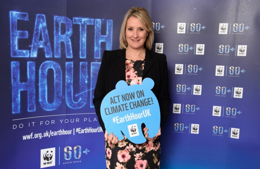 Caroline Dinenage - Earth Hour