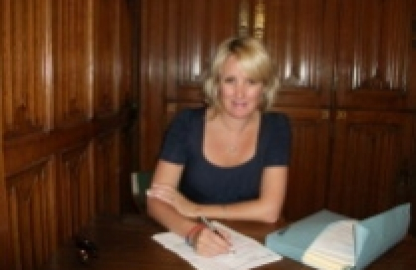 Caroline Dinenage Gosport MP